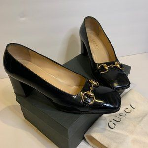 Gucci Black Leather Pumps with metal details